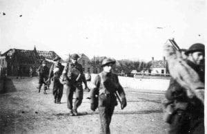 Canadese bevrijders op de Vechtbrug april 1945