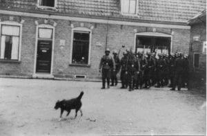 groep Duitse militairen op de Zeeserweg datum onbekend